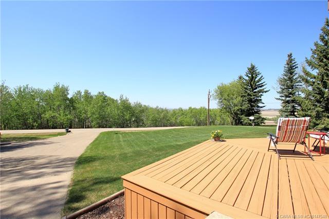 37535 Range Road 265, 4 bed, 3 bath, at $525,000