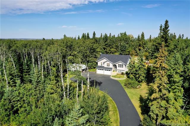 260048 Township Road 420, 4 bed, 3 bath, at $479,900