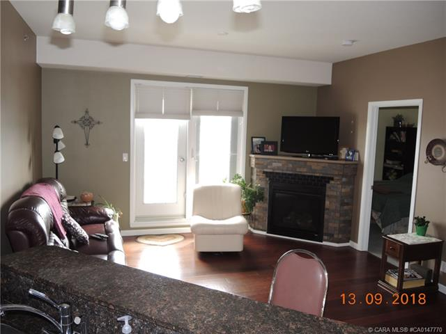5040 53 Street, 2 bed, 2 bath, at $259,900