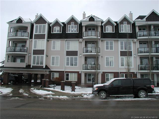 4707 50 Street, 2 bed, 2 bath, at $314,900