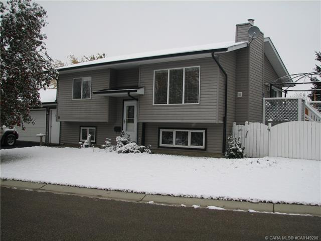 31 Maple Bay, 4 bed, 2 bath, at $349,900