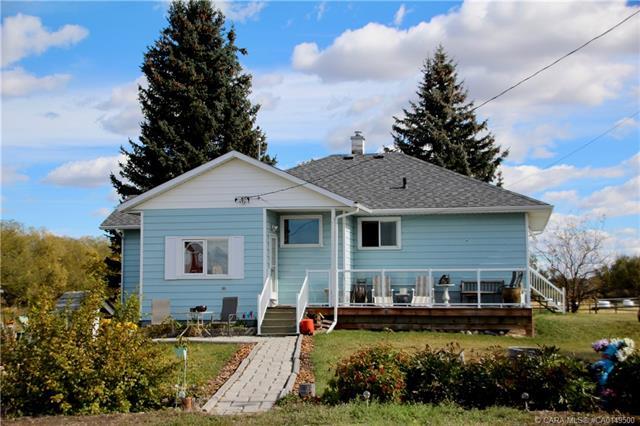 33474 Range Road 41, 3 bed, 1 bath, at $850,000