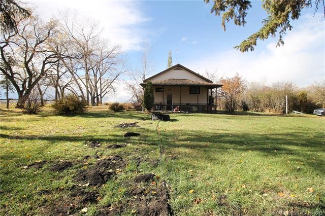 27380 Township Road 373, 4 bed, 2 bath, at $800,000