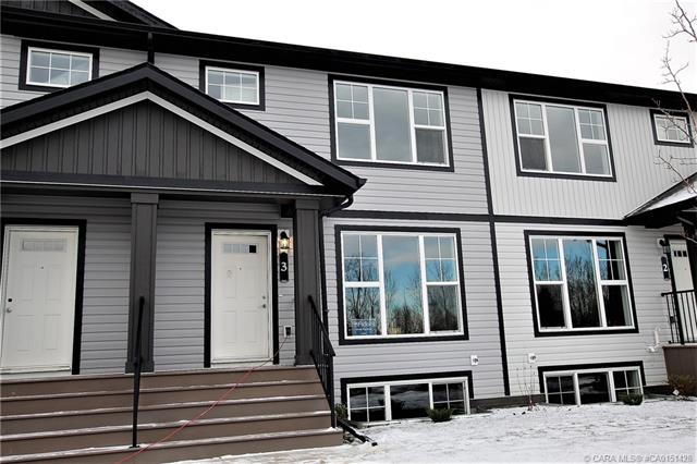 3 Hawthorn Place, 3 bed, 3 bath, at $239,900