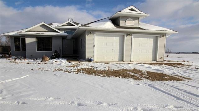 46575 Range Road 180, 3 bed, 2 bath, at $349,000