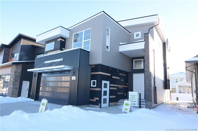102 Longmire Close, 4 bed, 4 bath, at $699,900