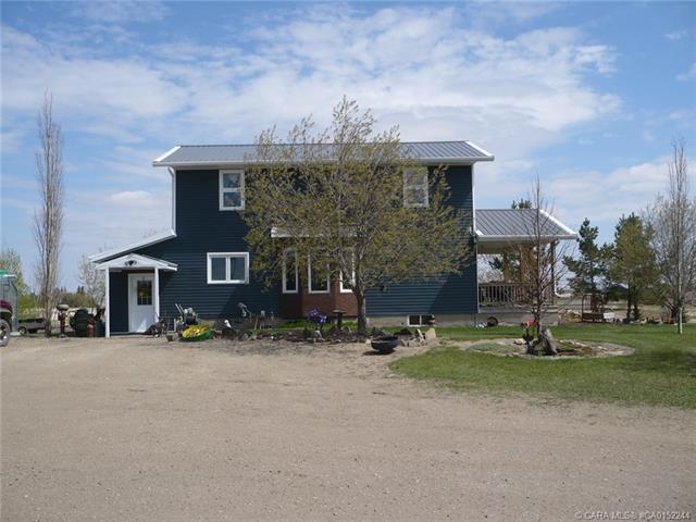 231074 Township Road 432, 5 bed, 2 bath, at $1,350,000