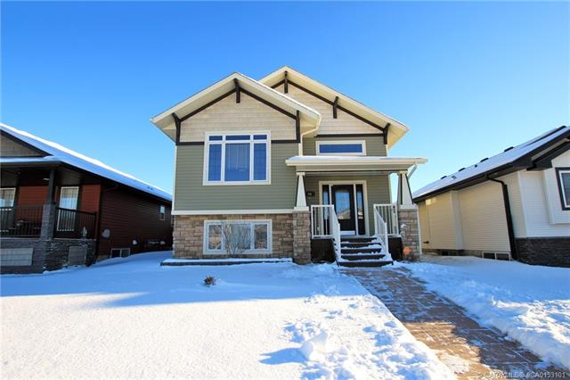 26 Valley Crescent, 2 bed, 2 bath, at $271,900