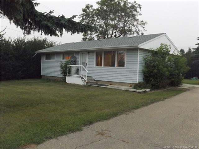 5248 53 Avenue, 3 bed, 1 bath, at $119,500