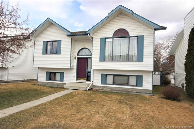 132 Cameron Crescent, 3 bed, 2 bath, at $333,900