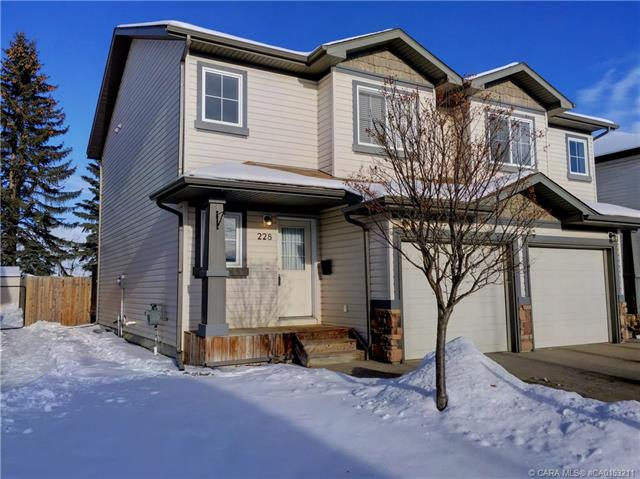 228 Ibbotson Close, 2 bed, 3 bath, at $272,500