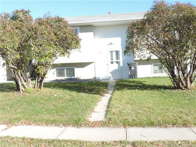 4719 47 Street, 4 bed, 1 bath, at $215,000