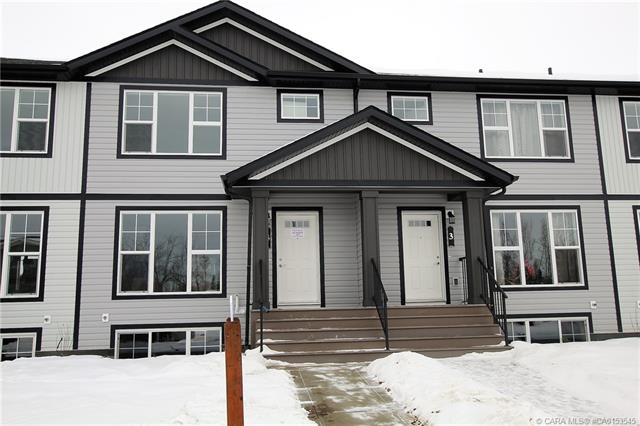 4 Hawthorn Place, 3 bed, 3 bath, at $239,900