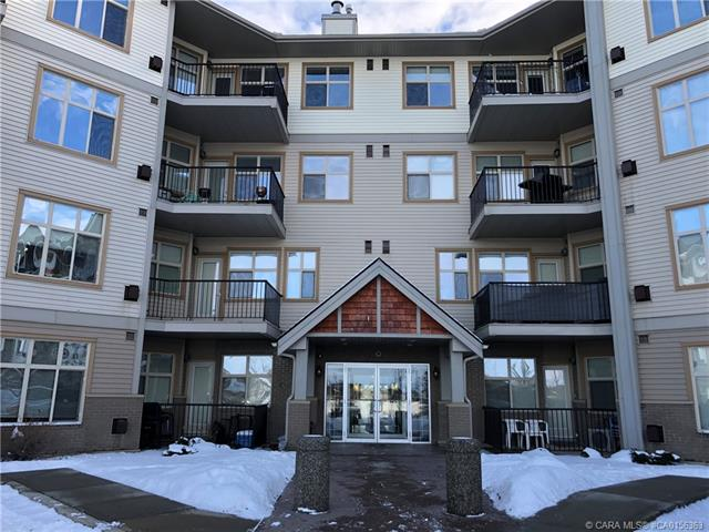 100 Lakeway Boulevard, 2 bed, 2 bath, at $169,900