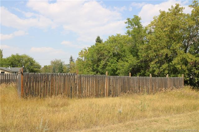 4420 50 Avenue, at $25,000