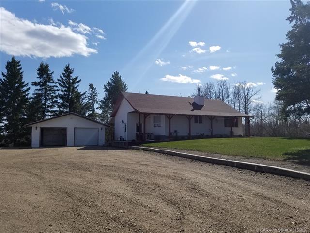 230057 Township Road 424, 4 bed, 2 bath, at $680,000
