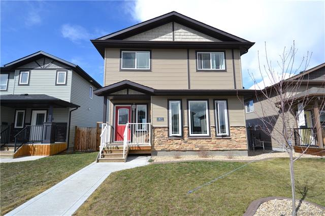 87 Almond Crescent, 3 bed, 3 bath, at $299,875