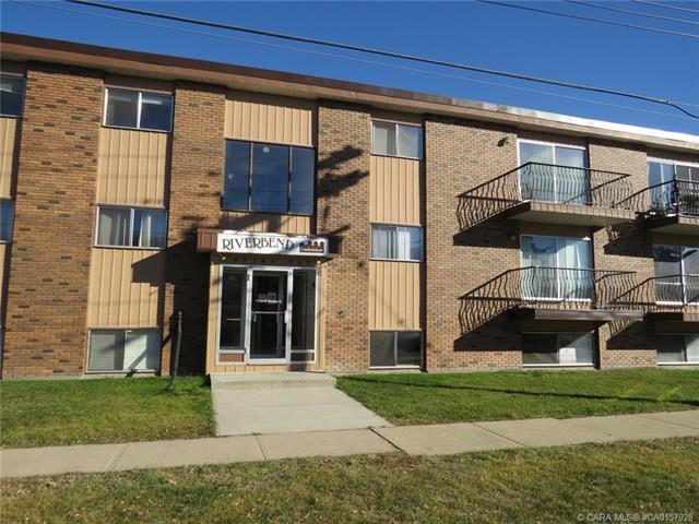 4714 A 55 Street #202, 2 bed, 1 bath, at $59,900