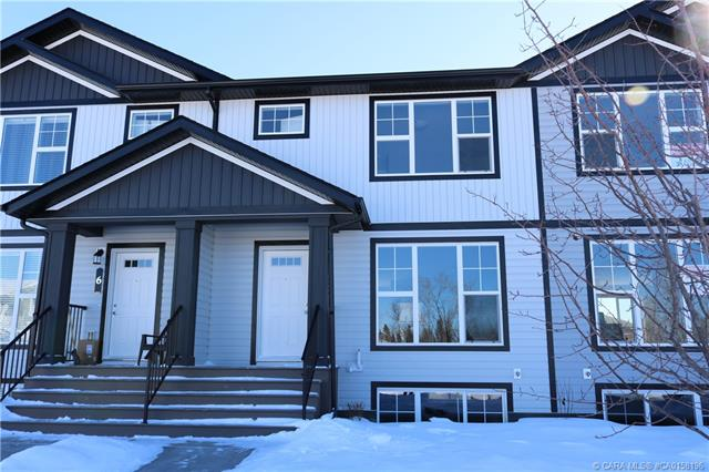 5 Hawthorn Place, 3 bed, 3 bath, at $239,900