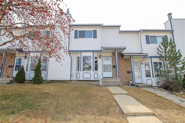 13 Elwell Close, 3 bed, 2 bath, at $205,000