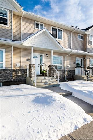 2407 D Valleyview Drive, 3 bed, 4 bath, at $259,900
