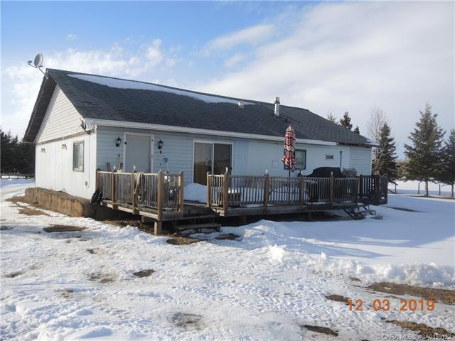 39211 Range Road 10, 3 bed, 2 bath, at $320,000