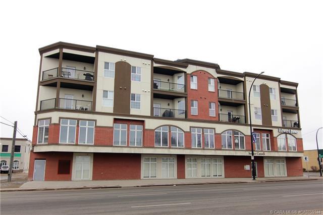 4901 46 Street, 1 bed, 1 bath, at $255,000