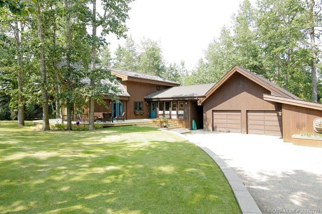 28342 Township Road 384, 4 bed, 2 bath, at $595,000