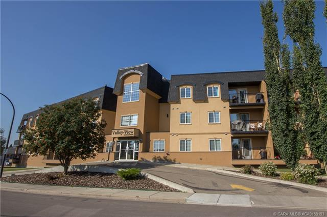 3730 50 Avenue, 2 bed, 1 bath, at $177,400