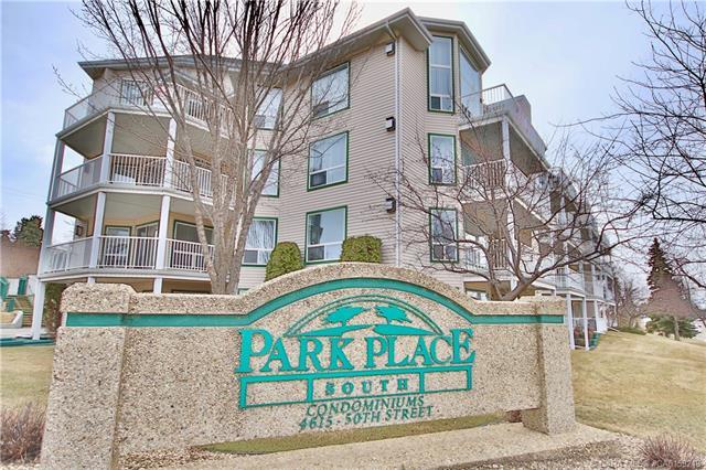 4615 50 Street, 2 bed, 3 bath, at $324,900