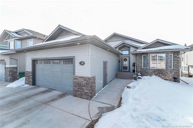 20 Valentine Crescent, 4 bed, 3 bath, at $559,900