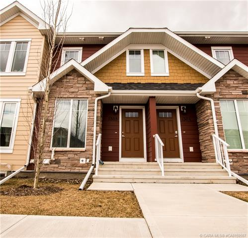 30 Carleton Avenue, 2 bed, 3 bath, at $259,900