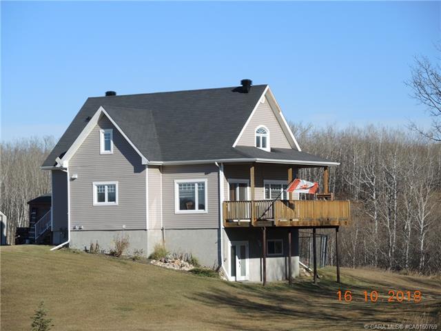 25114 Township Road 382, 3 bed, 3 bath, at $469,000