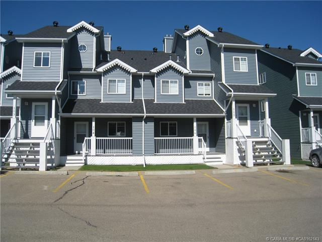 5220 50 A Avenue, 2 bed, 2 bath, at $169,900