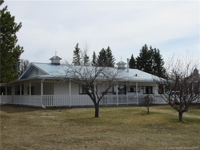 72049 Township Road 40 5, 1 bed, 1 bath, at $529,000