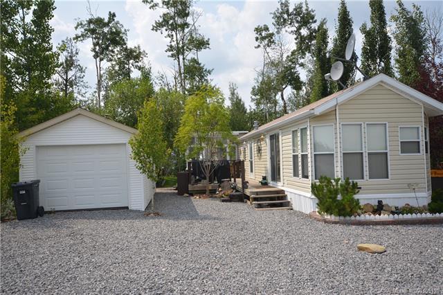 10046 Township Road 422, 1 bed, 1 bath, at $189,001