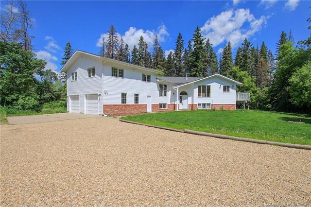 6740 40 Avenue, 7 bed, 3 bath, at $775,000