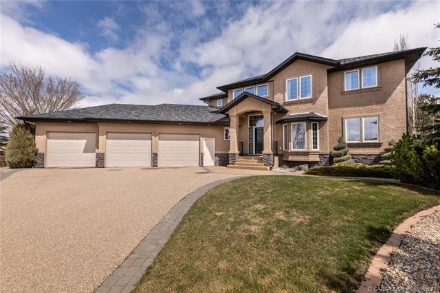6050 47 Street, 5 bed, 4 bath, at $699,900