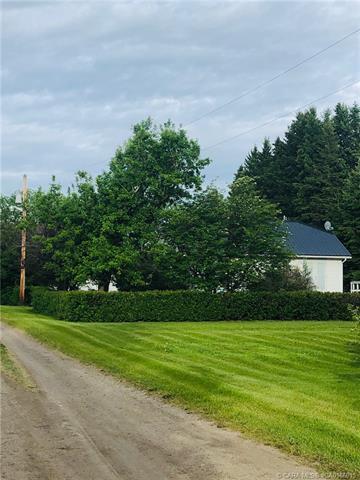 36261 Range Road 24, 5 bed, 2 bath, at $458,000