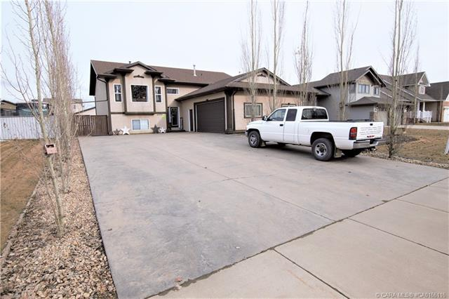 4505 45 Street, 5 bed, 3 bath, at $499,900