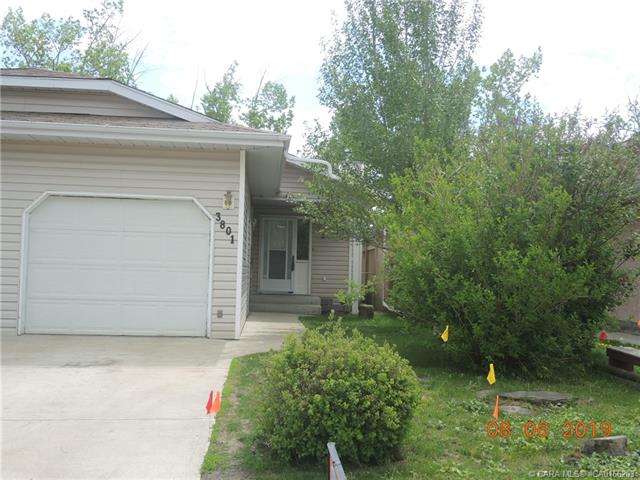 3801 50 Avenue, 3 bed, 2 bath, at $215,000