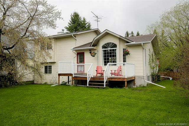 28128 Township Road 412, 4 bed, 2 bath, at $389,000