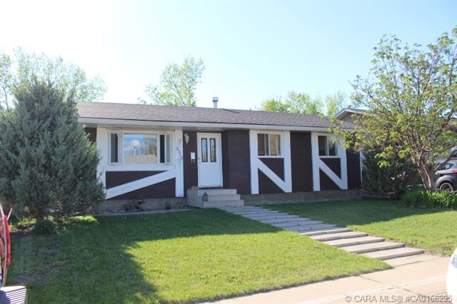 5316 Aspen Drive, 3 bed, 3 bath, at $229,900