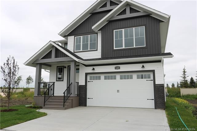 123 Ellington Crescent, 3 bed, 3 bath, at $464,900