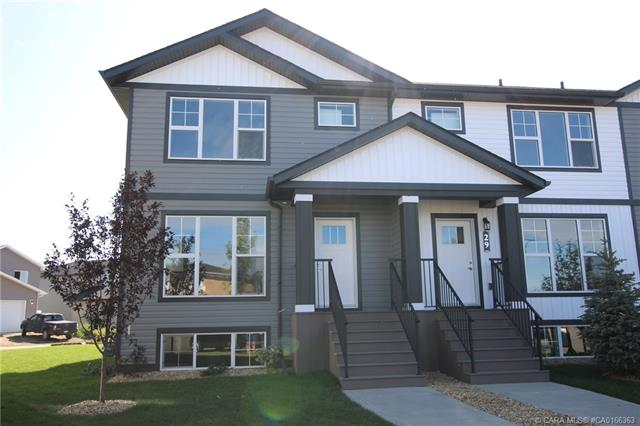 30 Hawthorn Place, 3 bed, 3 bath, at $259,900