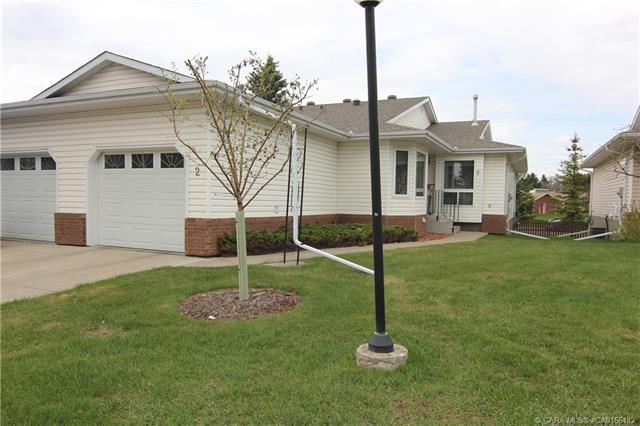2821 Botterill Crescent, 2 bed, 1 bath, at $239,900