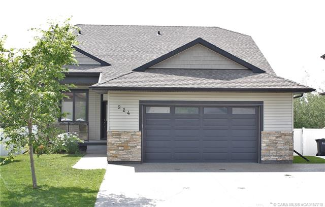 224 Wiley Crescent, 6 bed, 3 bath, at $549,000