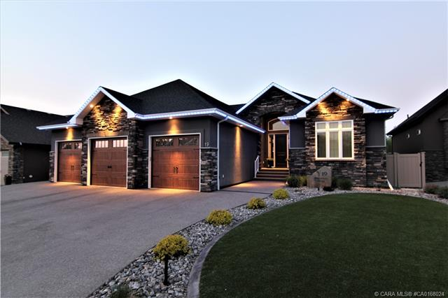 19 Bannerman Close, 4 bed, 4 bath, at $1,190,000
