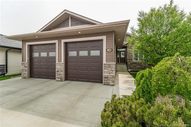 24 Carter Close, 3 bed, 3 bath, at $759,000