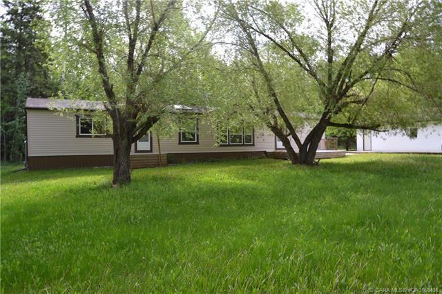 260036 Township Road 420 #33, 3 bed, 2 bath, at $300,000